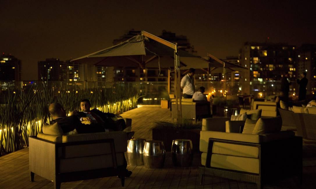 Com três andares, o Village Mall tem um lounge no terraço com vista para toda Barra da Tijuca Freelancer / Paula Giolito / O Globo