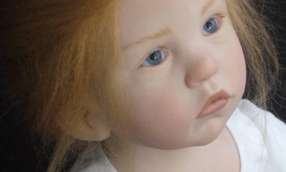 O olhar da boneca impressiona Reprodução
