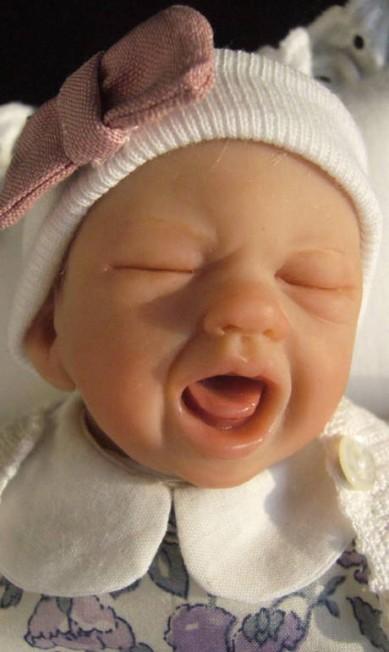 Os bebês também não ficaram de fora da coleção da artista Reprodução