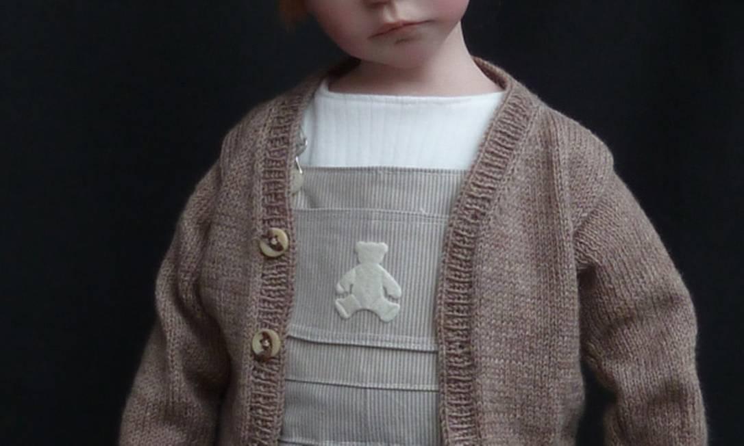 As bonecas são feitas com resina maleável, cerâmica e acrílico Reprodução