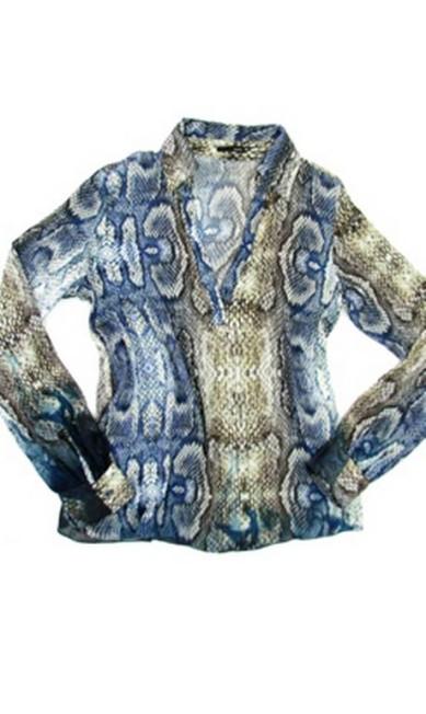 Camisa estampa cobra azul da Agatha (21 2543-3246), R$ 239 Divulgação