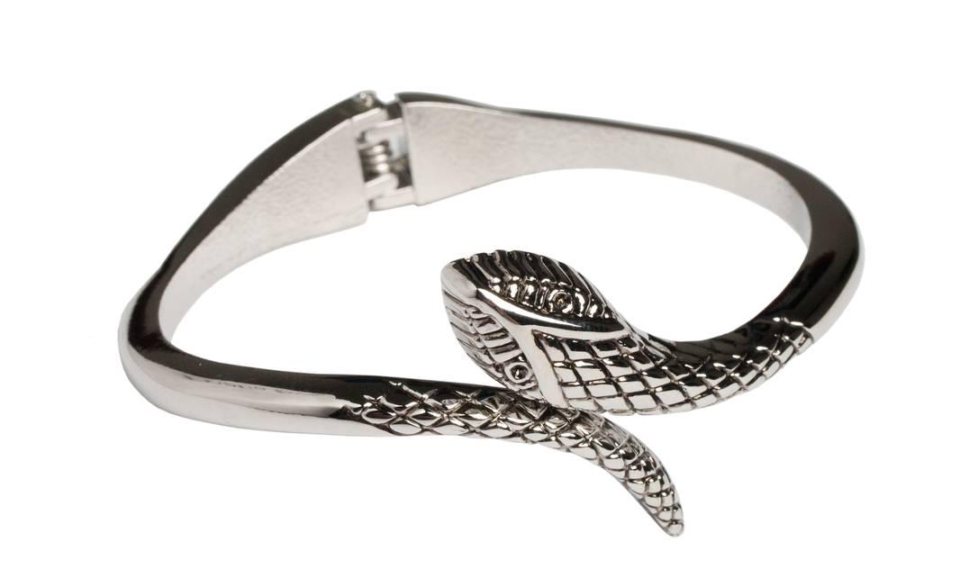 Bracelete de serpente da Tafetá (21 2235-4492), R$ 38 Divulgação