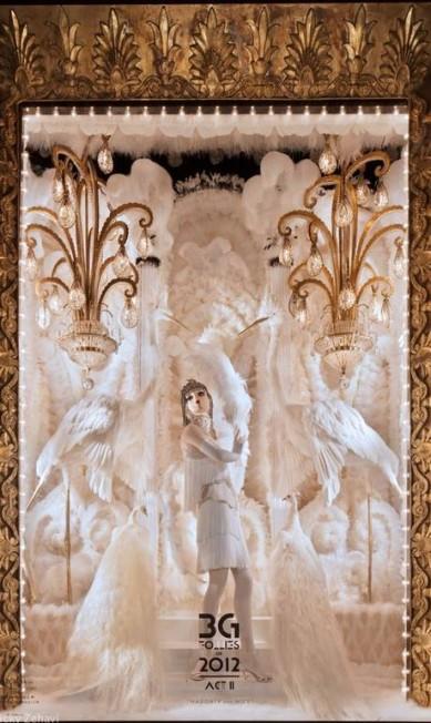 A luxuosa Bergdorf Goodman encheu suas vitrines de melindrosas com ares natalinos Reprodução Facebook / Bergdorf Goodman