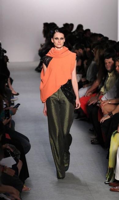 A dubiedade estava presente também no conceito: roupas de festa com um quê esportivo Monica Imbuzeiro / O Globo