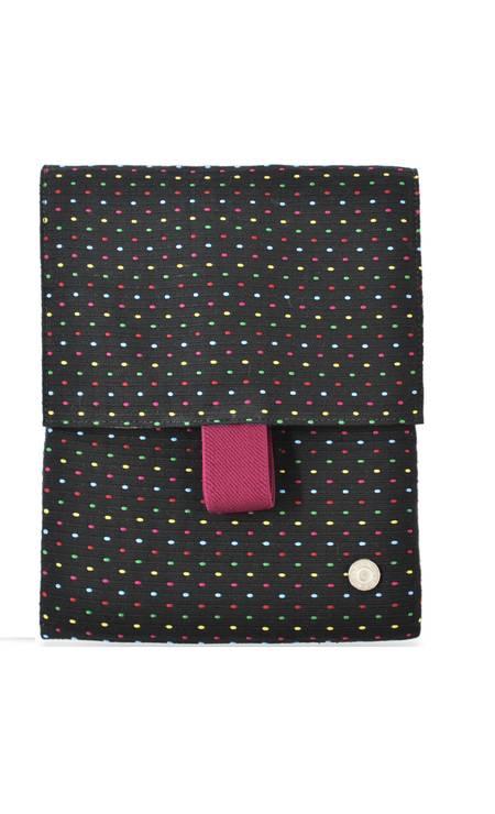 Porta iPad Uncle K R$ 59 (Shopping Rio Sul) Divulgação
