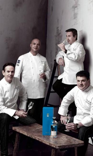 Olha que tremendo presente: os chefs Daniel Boulud, Thomas Keller, Jerome Bocuse e Richard Rosendale podem fazer um jantar especial para você e mais nove convidados por US$ 250 mil (R$ 500 mil) Reprodução / Neiman Marcus