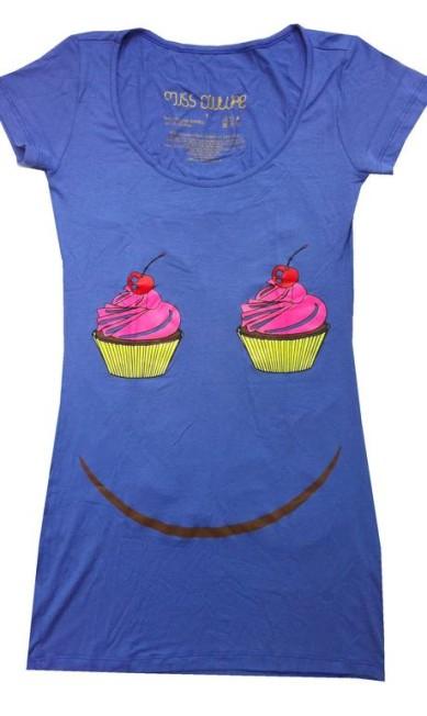Mini vestido SMILE CUPCAKE da Miss Tee Couture (21 3798- 8791), R$159 Divulgação
