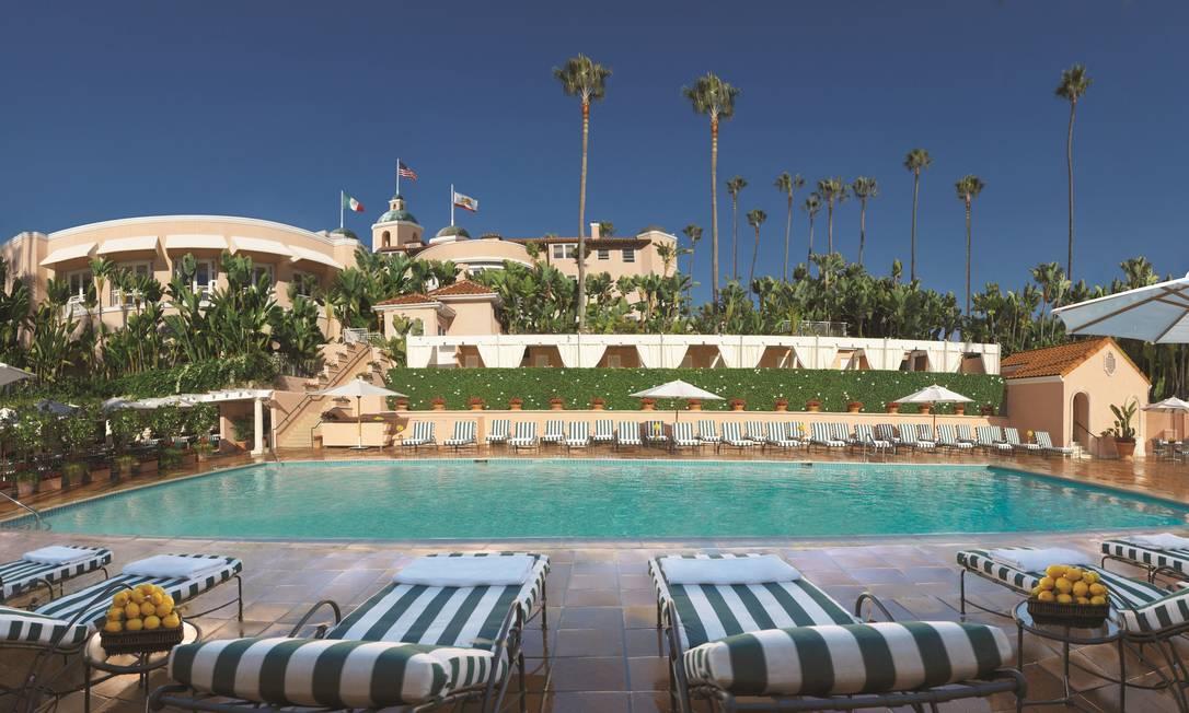 Vista panorâmica do Hotel Beverly Hills: o palácio das estrelas Cortesia do