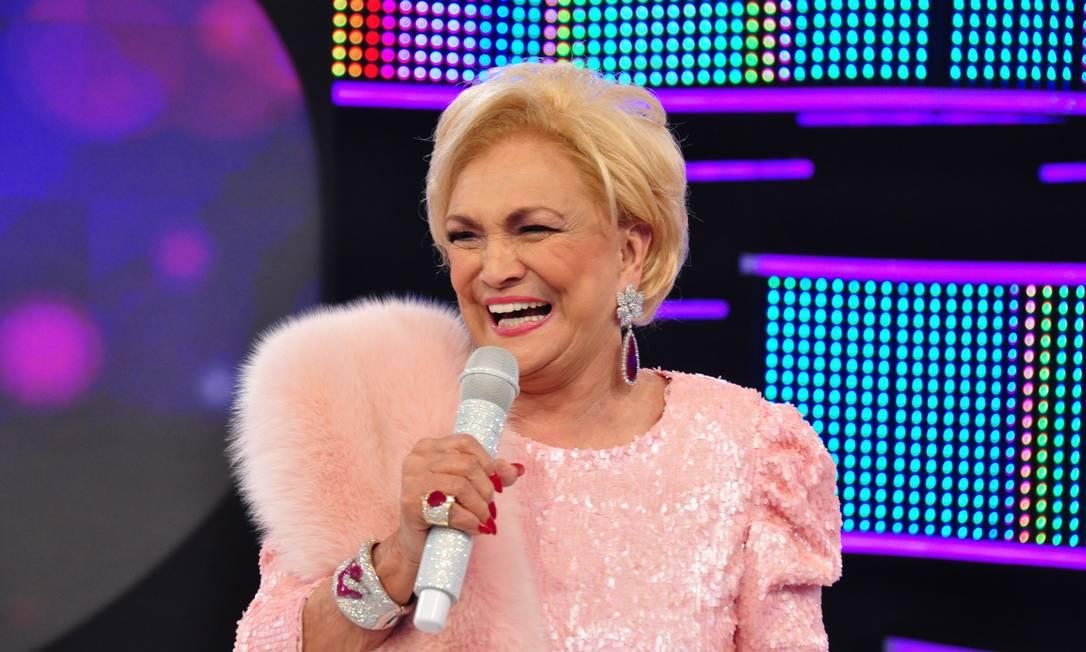 A apresentadora Hebe Camargo morreu neste sábado, em São Paulo, vítima de parada cardíaca. Relembre o estilo da estrela Wayne Camargo / Divulgação/ Rede TV