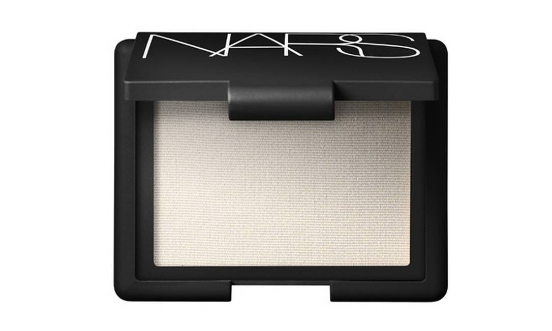Iluminador Highlighting Blush da NARS (0800 148023), R$ 112 Divulgação