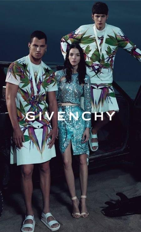 A coleção de verão 2012 da Givenchy foi influenciada pelo movimento Foto: Reprodução