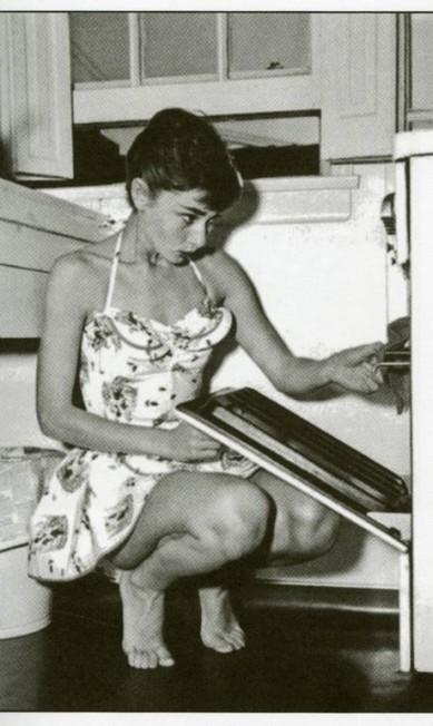 Audrey Hepburn: quando a protagonista de 'Bonequinha de Luxo' se ausentava para trabalhar, deixava o menu pronto para três meses Terceiro / Reprodução