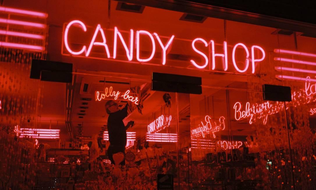Vitrine de loja de doces no centro de Bruxelas, em 2011 Tinko Czetwertynski
