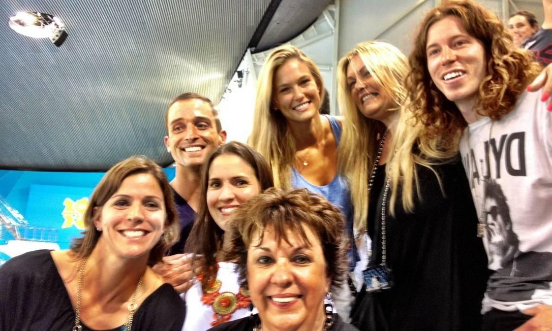 Fã de esportes, Bar se juntou à família de Michael Phelps durante os Jogos de Londres Foto: Reprodução do Twitter