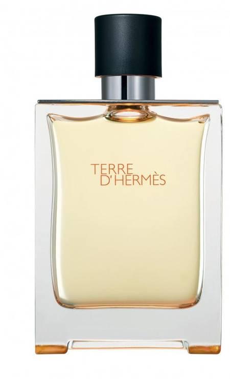 Terre d'Hermès, da Hermès, ficou com a medalha de prata. A venda na Sephora (www.sephora.com.br), esse perfume tem essência amadeirada e de laranja. 50 ml R$ 300 Foto: Reprodução