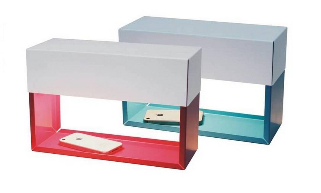 Luminária Light box, assinada pelo designer carioca Zanini de Zanine, tem formato de caixa e espaço na base para deixar pequenos objetos sob o foco da luz. R$ 330 na Hetty Goldberg (Tel.: 21 2259-6413) Divulgação