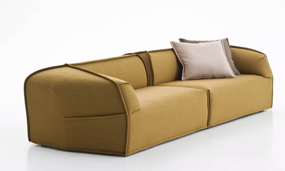 Da marca Moroso bt Patrícia Urquiola, sofá M.A.S.S.A.S da LZ Studio R$ 71.270 (Tel.: 2483 3750) Terceiro / Divulgação