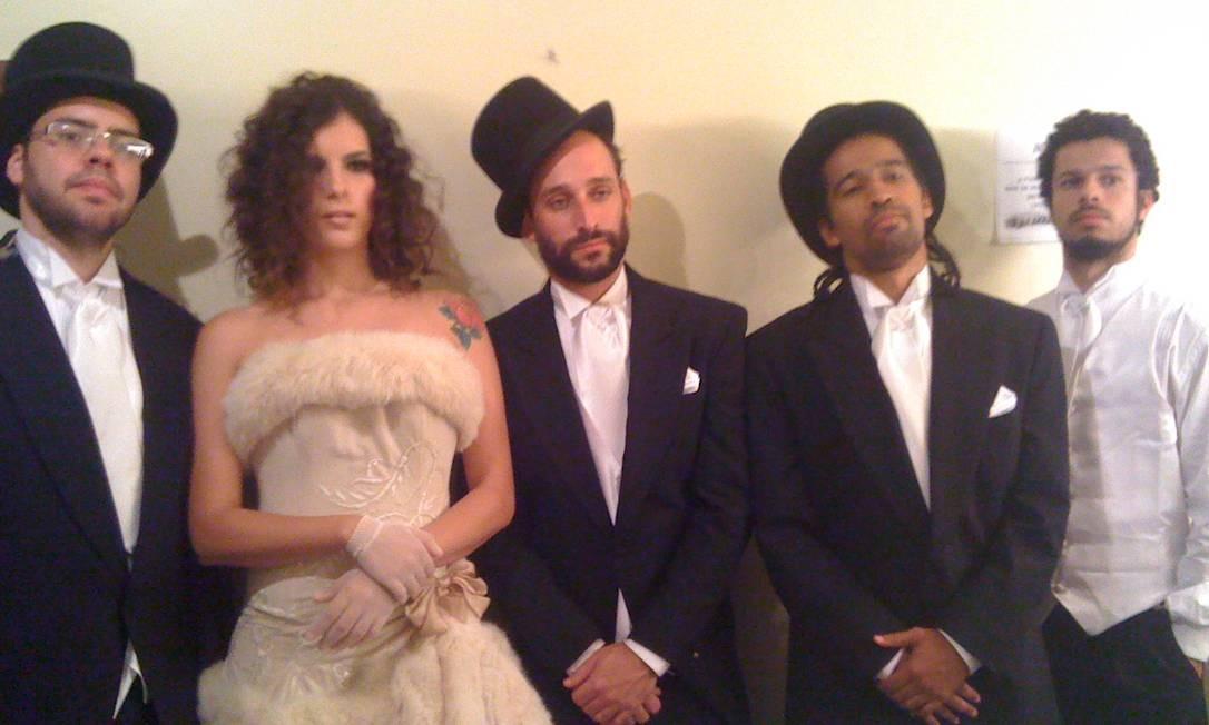 Para show em Minas, vestido criado por Samuel Cirsnansk Foto: Arquivo pessoal