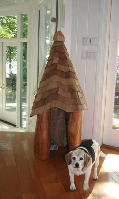 Esta casinha foi construída a partir de um tronco de árvore de um pântano logo após o furacão Katrina. HANDOUT / New York Times