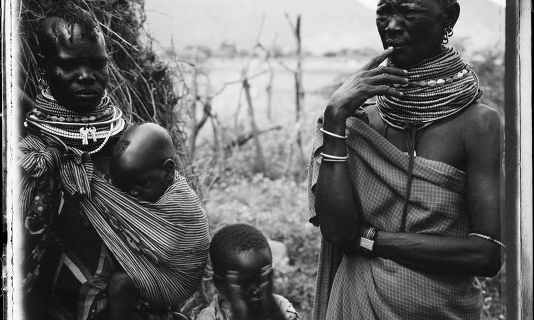 A queniana Elisabeth Akauimon Amodo, de 48 anos, está sendo prejudicada pela seca anormal Helena Christensen/Oxfam / Helena Christensen/Oxfam