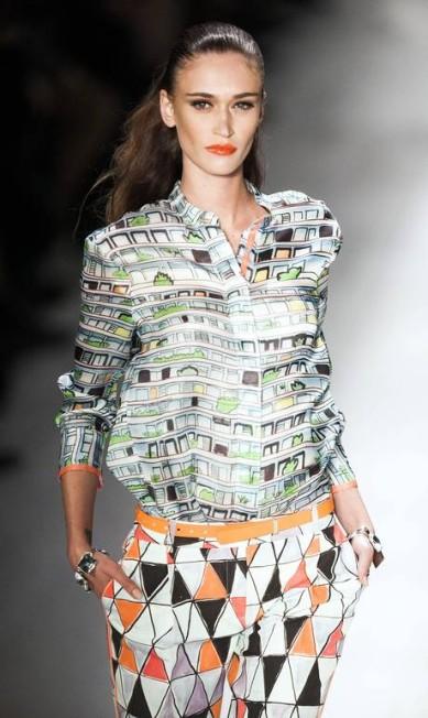 A estilista carioca Marta Ciribelli quiz fazer uma mistura de ícones contemporâneos do Brasil Leonardo Soares /O Globo