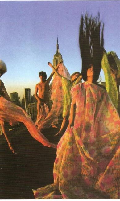 """André Lima buscou inspiração no livro """"Les Annees Psychedeliques"""", de Philippe Thieyre. Divulgação"""