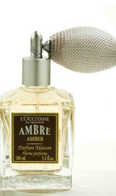 Perfume de Ambiente Âmbar (baunilha, combinada com um bouquet de especiarias, incenso e mirra) da L'Occitane, (0800 171 272), R$ 78 Divulgação