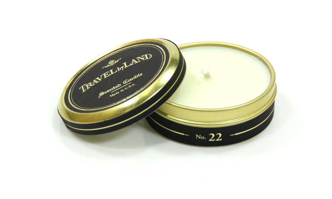 Vela Travel by Land da Sérgio K. Home, aroma 22, Neroli, cuja essência aproxima-se do famoso perfume italiano Aqua de Parma, em notas mais cítricas (11 3083-1789), R$ 49 Divulgação