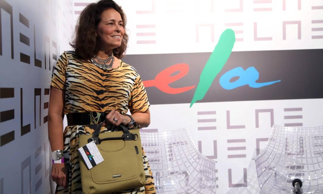 Patricia Vieira pousou para fotos com sua bolsa brinde Ana Branco / Ana Branco / Agencia O Globo