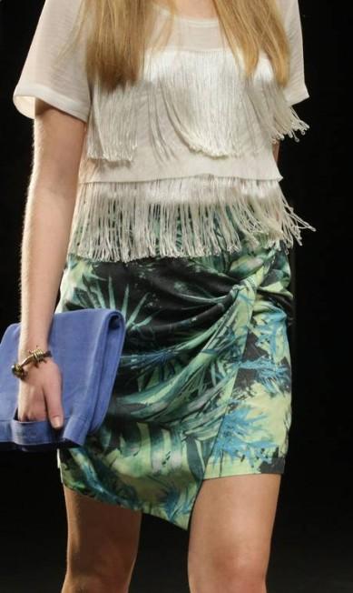 A pulseira de arame farpado sintetizou o espírito da coleção da Ellus 2nd Floor, cujo tema era 'Cowboy Tropical' Laura Marques / O Globo