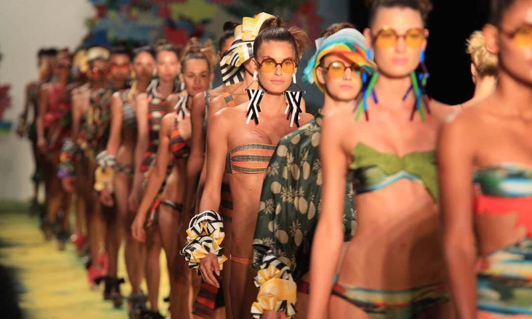 A multiculturalidade do Brasil inspirou Jacqueline de Biase nesta coleção Simone Marinho / O Globo