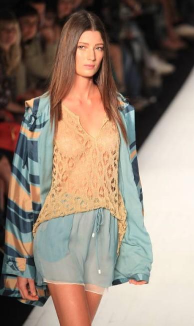A Totem apresentou, no Fashion Rio, sua coleção de verão inspirada justamente na estação que mais tem a ver com a marca Simone Marinho / Simone Marinho / Agência O Globo