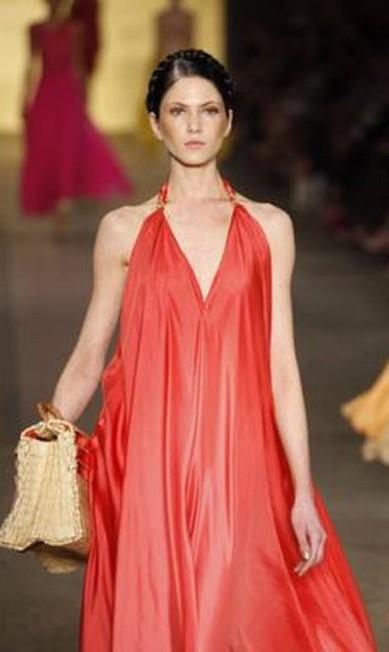 As formas das roupas variam entre as amplas e as mais ajustadas ao corpo Fabio Rossi