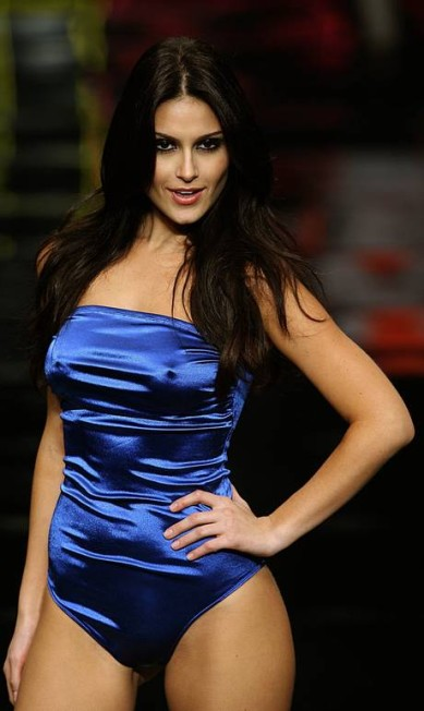 Em 2007, a Miss Brasil Natalia Guimarães também deu pinta pela TNG Fábio Rossi / Agência O Globo