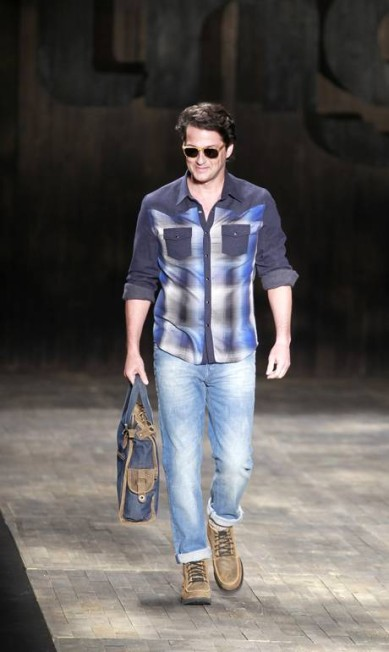 Sucesso como o fashionista Crô da novela 'Fina estampa', Marcelo Serrado desfilou pela TNG em janeiro deste ano Fabio Rossi / Agência O Globo