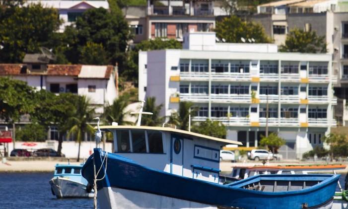 A Ilha do Governador vista do mar Foto: Guilherme leporace / Agência O Globo (26/03/2015)