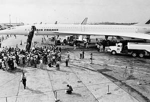 Concorde. A chegada do voo inaugural do supersônico no Galeão Foto: Sebastião Marinho/21-1-1976