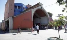 O terminal João Goulart, por onde passam diáriamente cerca de 550 mil pessoas Foto: Hudson Pontes / Agência O Globo