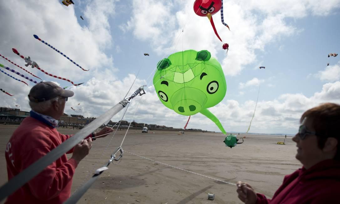 Personagens de 'Angry Birds' também ganharam suas versões OLI SCARFF / AFP