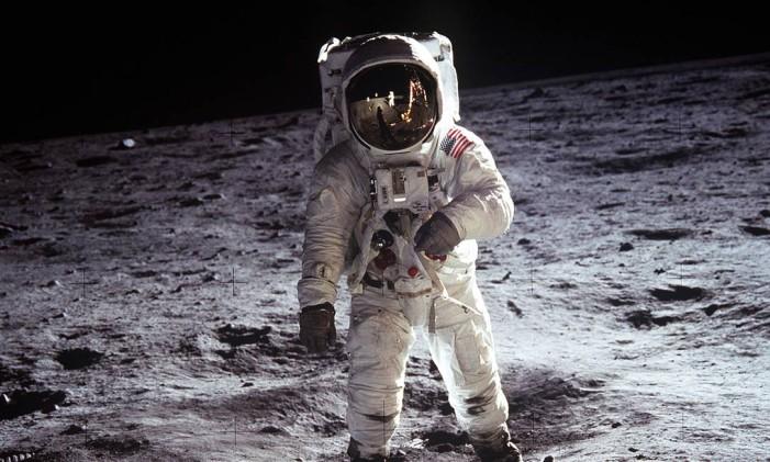 Buzz Aldrin é fotografado na Lua Foto: NASA