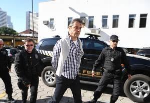 Flávio David Barra, executivo da Andrade Gutierrez faz exame corpo delito no IML em Curitiba, ele foi presos na 16ª fase da Operação Lava-Jato, denominada Radioatividade Foto: Geraldo Bubniak