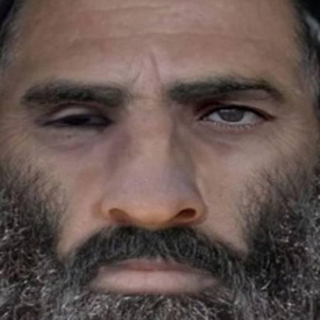 Durante conflito com milícias afegãs rivais, o olho direito de Omar teria sido atingido por estilhaço Foto: AP