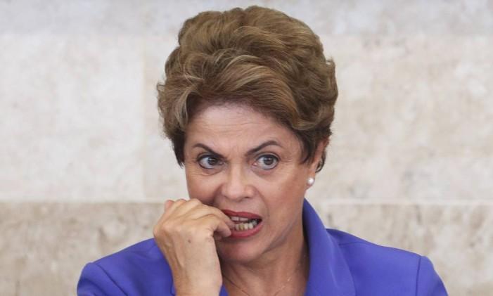 A presidente Dilma Rousseff participa de cerimônia de lançamento do Pronatec Jovem Aprendiz Foto: Ailton de Freitas / Agência O Globo