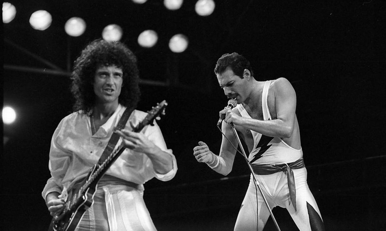 """Brian May e Freddie Mercury, do Queen, conseguiram """"reger"""" o público em suas apresentações Foto: Arquivo"""