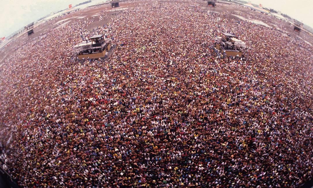 Uma multidão foi assistir aos shows da primeira edição do Rock in Rio Foto: Arquivo