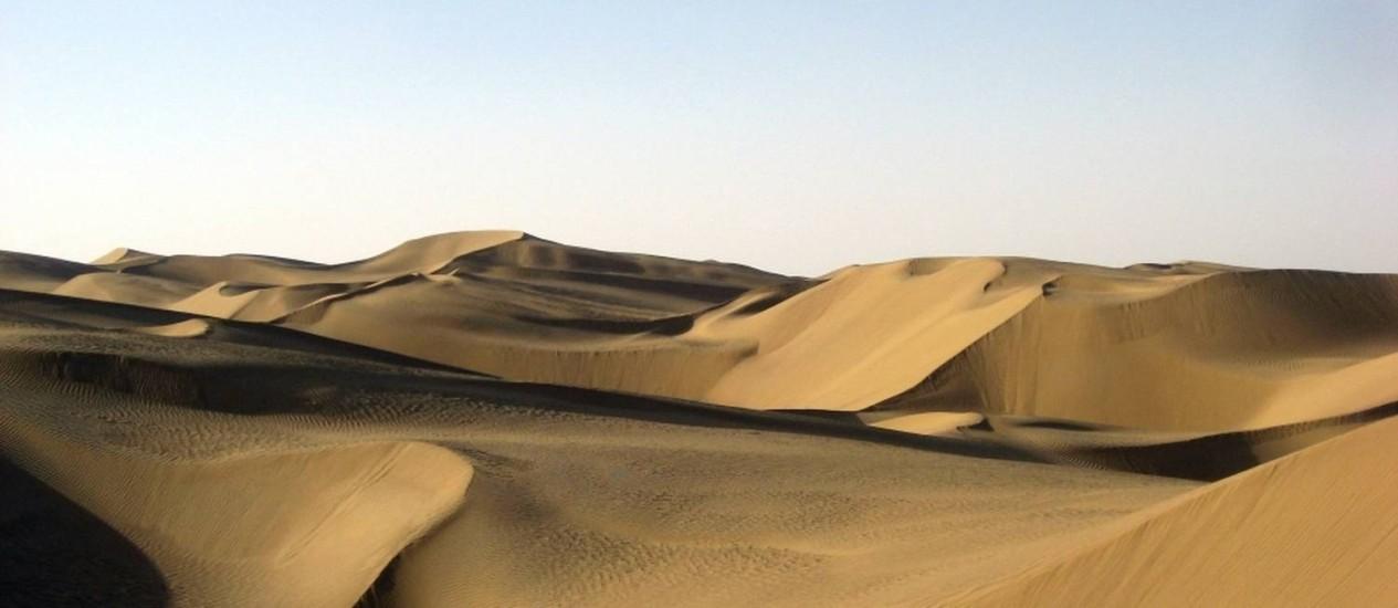 O Deserto de Taklamakan, na China: região absorve enorme quantidade de carbono Foto: Reprodução