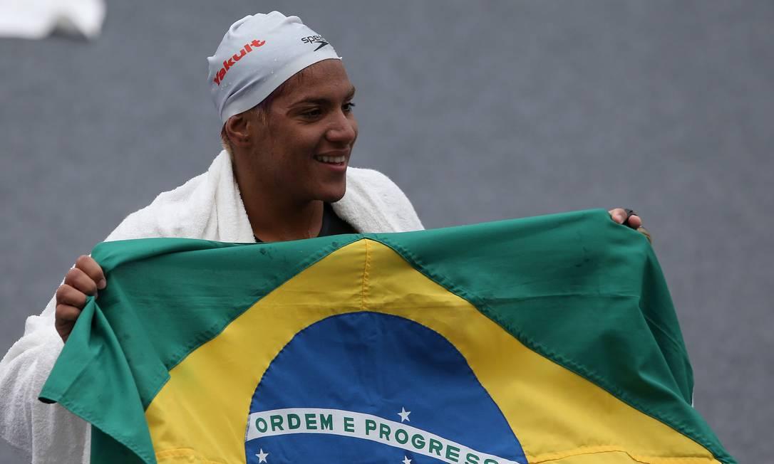 A nadadora baiana, de 23 anos, venceu os 25km em 5h13m47s Satiro Sodre / SSPress