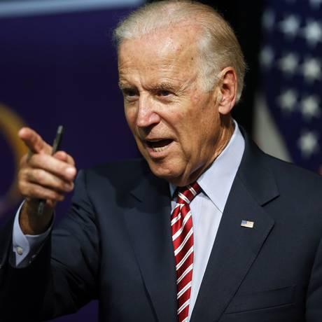 Vice-presidente Joe Biden afirmou publicamente que tomará uma decisão sobre candidatura até o fim de setembro Foto: Brennan Linsley / AP