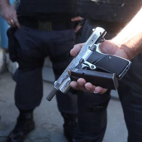 Brasil tem registro recorde de armas de fogo Foto: Fabiano Rocha/Arquivo / Agência O Globo