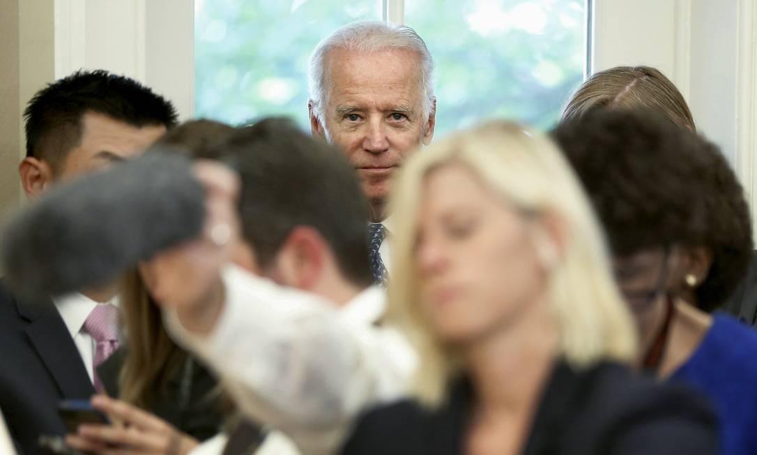 Biden (durante reunião de Obama com Ban Ki-moon: vice não se decide sobre disputa, contam aliados Foto: JONATHAN ERNST / REUTERS